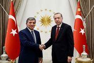Turecko pokračuje v čistkách. Soud nařídil zatknout diplomaty