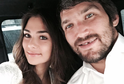Ruský hokejový kanonýr Alexandr Ovečkin se před začátkem nové sezony oženil. Šestinásobný nejlepší střelec NHL v tichosti vstoupil do manželství s modelkou Anastasijí Šubskou.