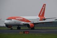 Šestadvacetiletá pilotka a teenager veleli Airbusu A320