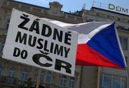 Proti islamizaci protestují v Česku stovky lidí