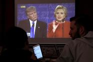 Trump si stěžoval na vadný mikrofon. Nebrali ho vážně