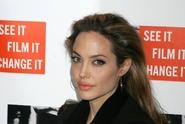 Angelina pod tlakem! Vyslýchala ji FBI!