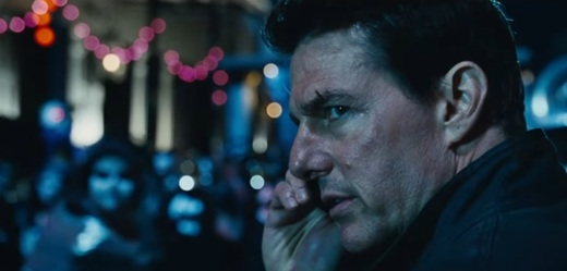 Herec Tom Cruise ve filmu Jack Reacher: Nevracej se