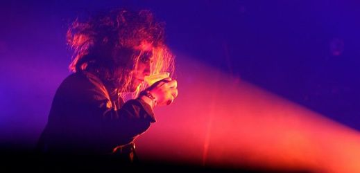 Frontman The Cure Robert Smith.