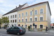 Hitlerův rodný dům: zbourat, nebo chránit?
