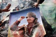 """Výročí Kaddáfího smrti, konec """"džungle"""" a Bůh na billboardu"""