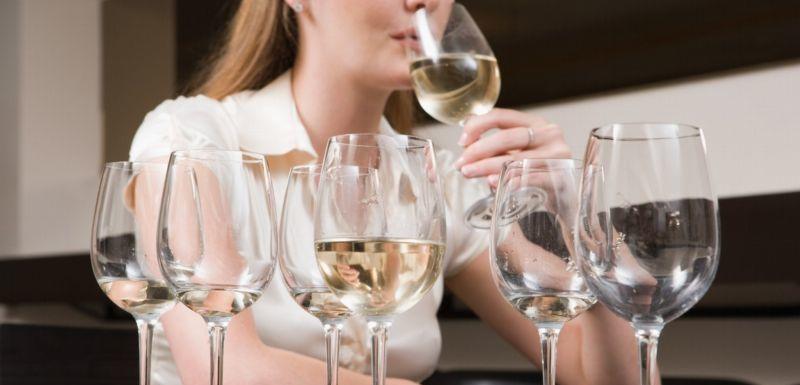 Výsledek obrázku pro alkohol a ženy