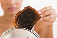 Opečené tousty a brambory? Hrozí vznik rakoviny! hlásí vědci