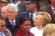 VIDEO: Trapné momenty Trumpa i Clintonové baví internet