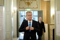 Favoritem voleb je Geert Wilders.