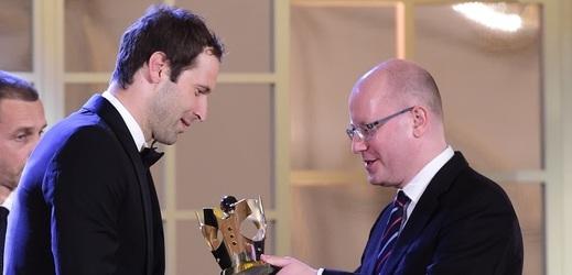 Český fotbalista Petr Čech vyhrál anketu Fotbalista roku 2016.