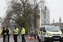 Londýn zasáhl teroristický útok.
