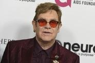 Elton John v ohrožení života kvůli vzácné infekci