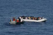 Pomoc migrantům? Záchranáři nepřímo pomáhají pašerákům