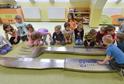 Jako první si příbor mohly osahat děti v jedné z pelhřimovských mateřských škol.