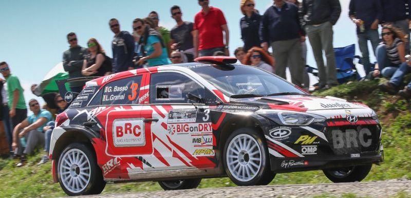 Speciál Hyundai i20 R5 sbírá první vavříny v evropských rally  ccb46073cc