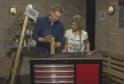 Kutilové Adam a Lucie ukážou, jak si z PET lahví vyrobit dózu na těstoviny.