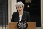 Mayová: Británie zvýšila stupeň ohrožení, hrozí další útok