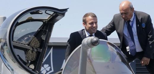 Zahájení nového aerosalonu v Paříži.