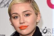 Rebelka Miley Cyrus promluvila o své sexualitě. Opět šokovala