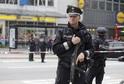 Pachatele policie zadržela na útěku během půl hodiny.