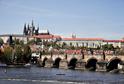 Většinu Pražského hradu zabírá prezidentská kancelář, a neumožňuje tak po celý rok zpřístupnění památky veřejnosti.