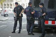 Další útok ve Španělsku. Teroristé opásaní výbušninou najížděli do lidí