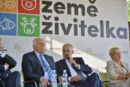 """""""Je to zvěrstvo."""" Zeman kritizoval EU za dotace na snižování produkce"""