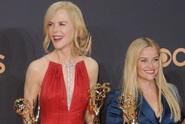 Herečky zářily na červeném koberci. Co oblékly na Emmy?