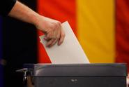 V Německu začaly volby, favoritem je strana Merkelové