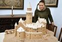 Na snímku model hradu.