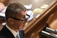 Svět si všímá českého politického veletoče. A nestačí se divit