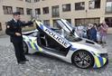 Policista, který řídil supersport BMW i8, havaroval kvůli zdravotnímu kolapsu.