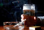 Kritika z Bruselu. Češi jsou obézní, nadprůměrně pijí i kouří