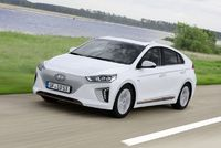 Hyundai zapojí do služby i model Ioniq Electric.