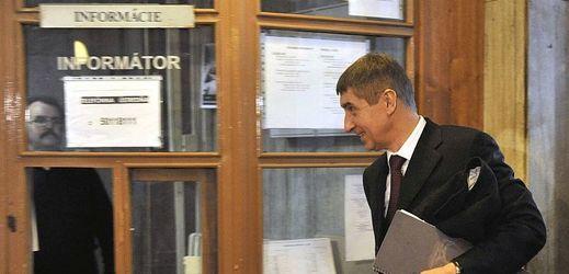 Andrej Babiš v budově krajského soudu v Bratislavě.
