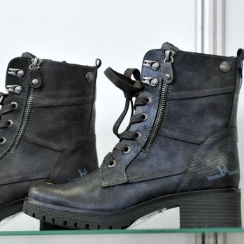 Čtyři výrobci dětské obuvi získali certifikát Žirafa  04b6ccc7ba