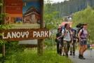 Modravou ročně projde až 300 tisíc turistů.