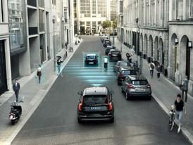 Moderní systémy pomáhají bezpečné jízdě.