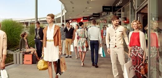 Soud zrušil předběžné opatření proti Fashion Arena Prague Outlet