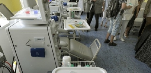 Dialyzační centrum v Podřipské nemocnici.