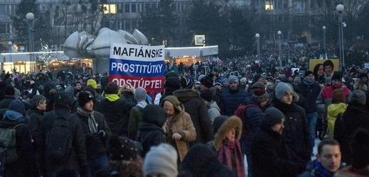 Demonstrace 2. března v Bratislavě.