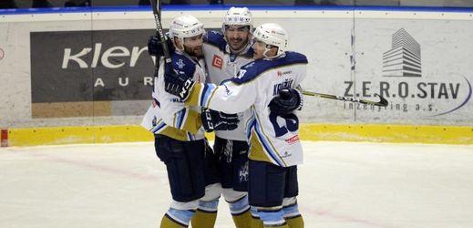 Radující se hokejisté Kladna.
