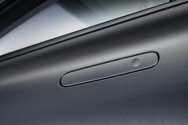 Nexo je prvním vozidlem Hyundai s integrovanými, zapuštěnými klikami dveří.
