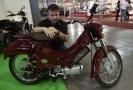 Prototyp elektrického motocyklu Pionýr konstruktéra Pavla Brídy.