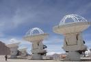 Čeští vědci mají významný podíl i na tom, že soustavou ALMA (na snímku) se dá zkoumat také Slunce.