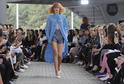 Své modely představí mladý návrhář Adam Kosta nebo návrhářka Monika Drápalová.