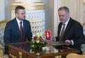 Slovenský prezident Andrej Kiska (vpravo) a dosavadní vicepremiér vlády Peter Pellegrini.