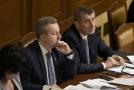 Zleva: vicepremiér Richard Brabec a premiér Andrej Babiš.
