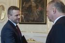 Zleva Peter Pellegrini a prezident Andrej Kiska.